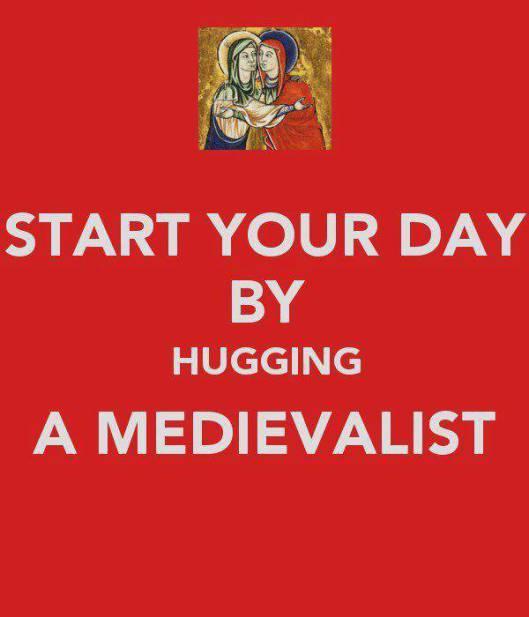 Comienza el día abrazando a un medievalista